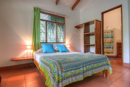 """Bundoran"" Studio Apartment 5 minutes to the beach - Nosara - Wohnung"