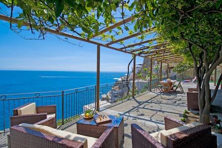 PR125-Beautiful Villa with the most amazing Views! - Praiano