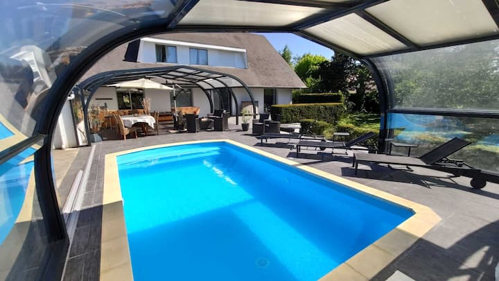 Cèdre Bleu Villa 300m² avec piscine et parc
