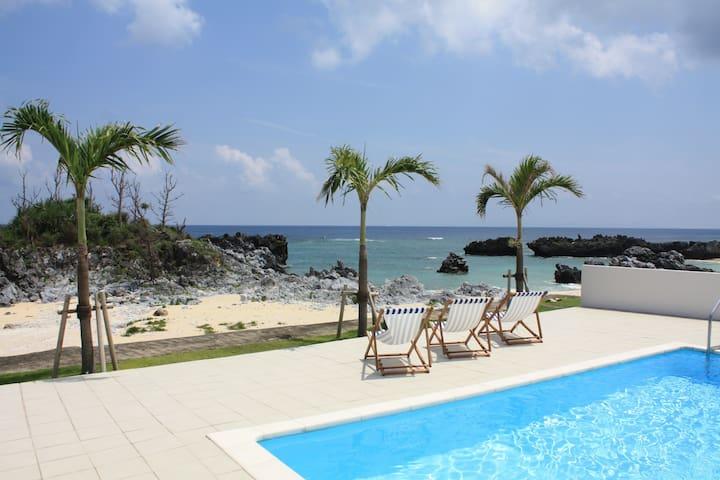 与論島 プール&ビーチ付きプライベートヴィラ 満点の星空 家族や仲間と一緒にBBQ・花火OK