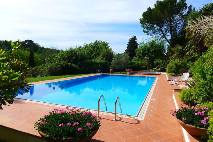 Chianti villa private park and pool 20 min Firenze - La Ripa - Appartement