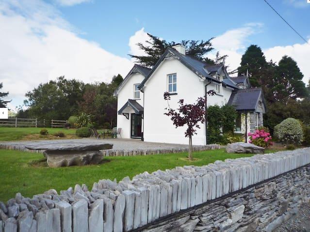 Tubbrid Cottage, Tubbrid Kenmare Co. Kerry.