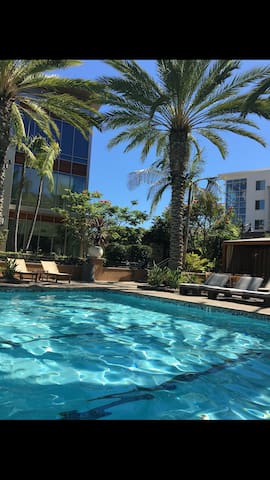 Luxury facilities…best location - San Diego - Apartment