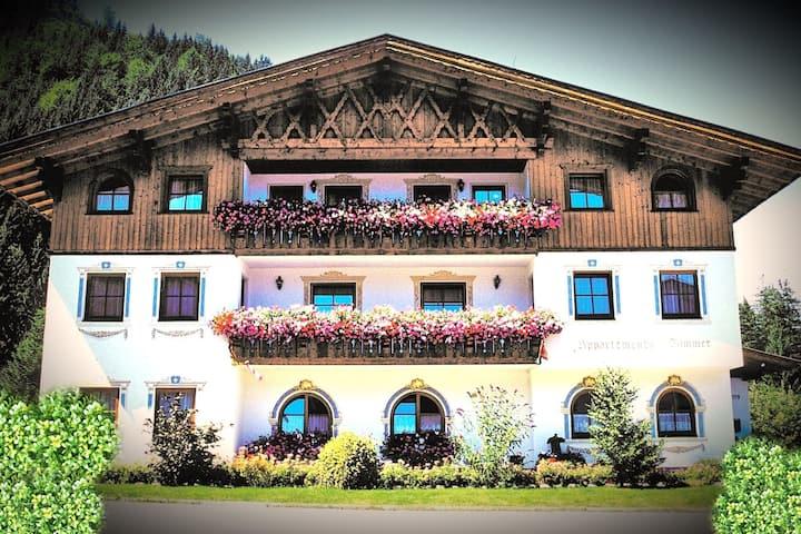 Acogedora casa de vacaciones en Bichlbach cerca del lago