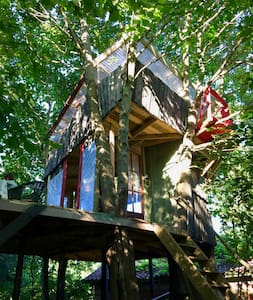 Crazy Treehouse ANNA