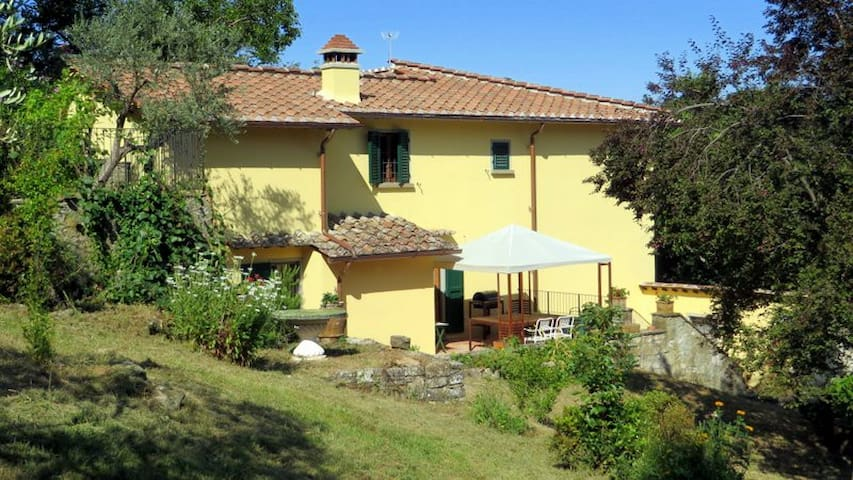 Large country house with pool, 9 km from Florence - Fiesole - Villa