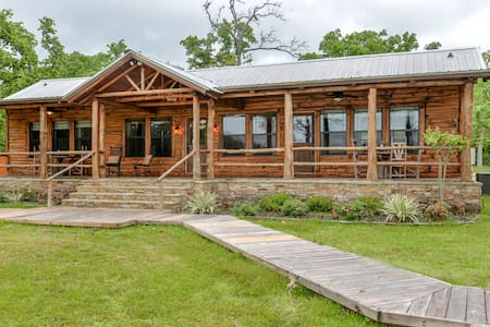 Schiller Silver Oak Lakeside Cabin A&M - College Station - Cabin