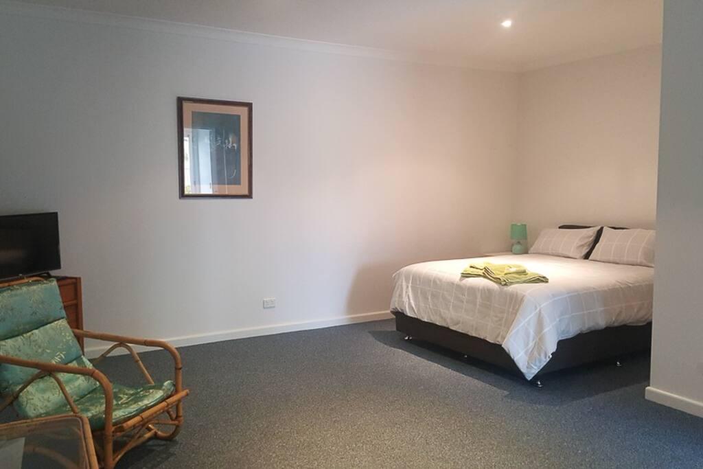 Pool Room accommodation