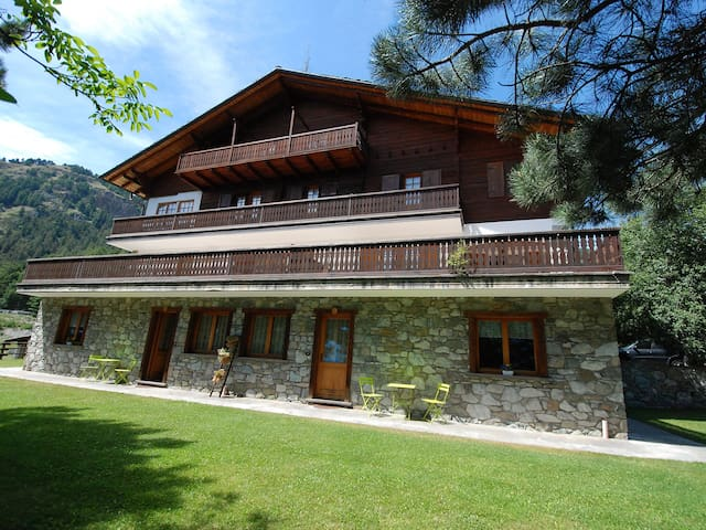 Holiday apartment Chalet Aigle