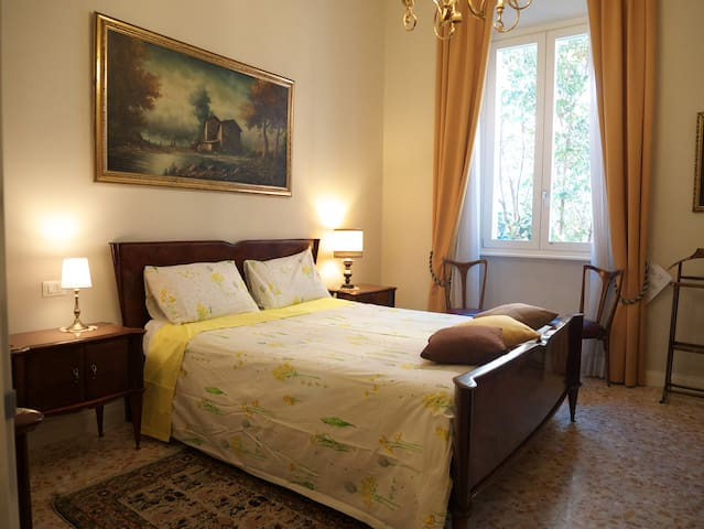 COLOSSEUM DELUXE DOUBLE ROOM - Roma - Bed & Breakfast