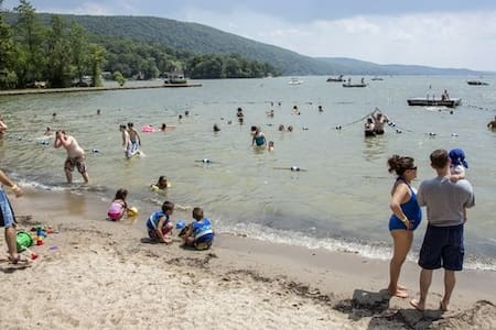 Beautiful Greenwood Lake - Greenwood Lake - Ház