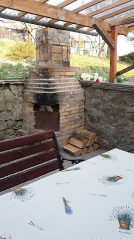 Fireplace for barbecue