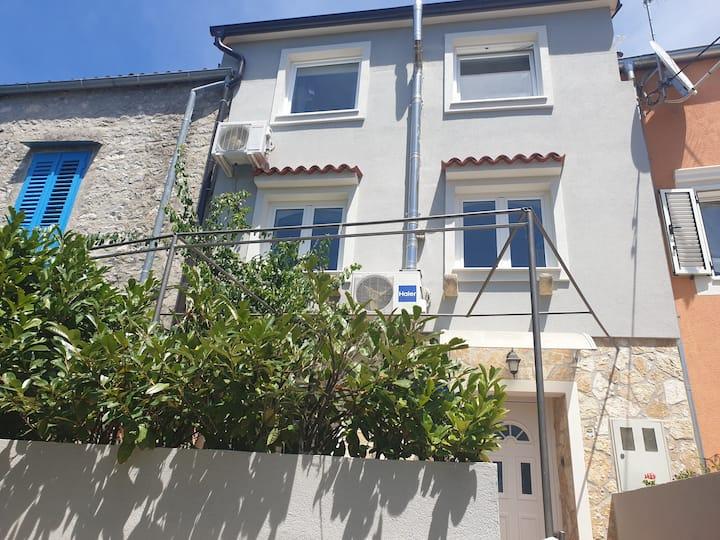 Apartman Fay u mirnom dijelu grada