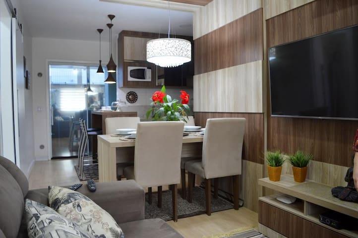Apartamento de 02 quartos charmoso!!!