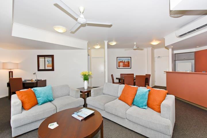 Spacious 2 Bedroom Family Apartment in CBD.