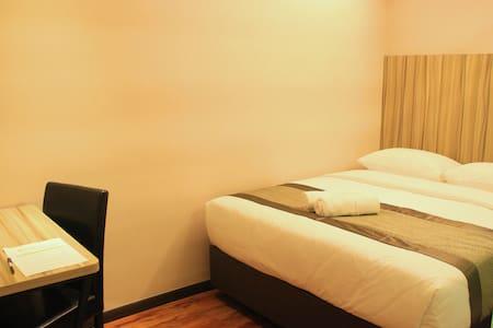 SUPERIOR DELUXE - Room for 2 - Kota Tinggi