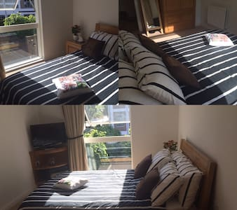 Amazing double room with own TV. - Brentford