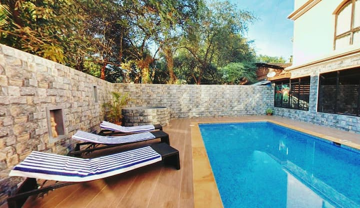 Adorable BnB Room With Pool & 100Mts To Beach  CG