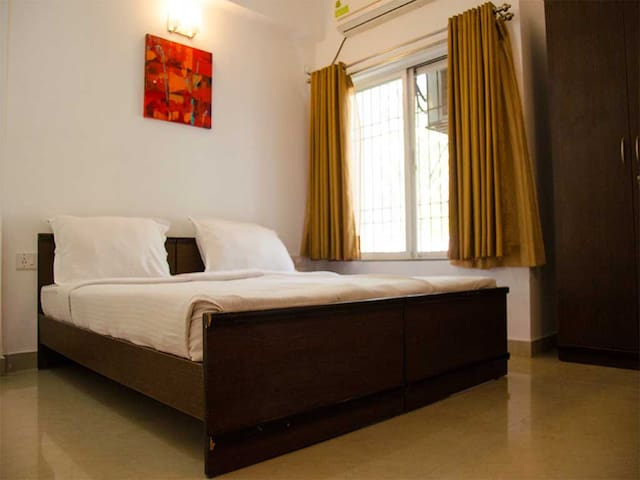 Upper Lonavala, 2BHK, Grnd Flr, common Pool & lawn - Karla - Huis