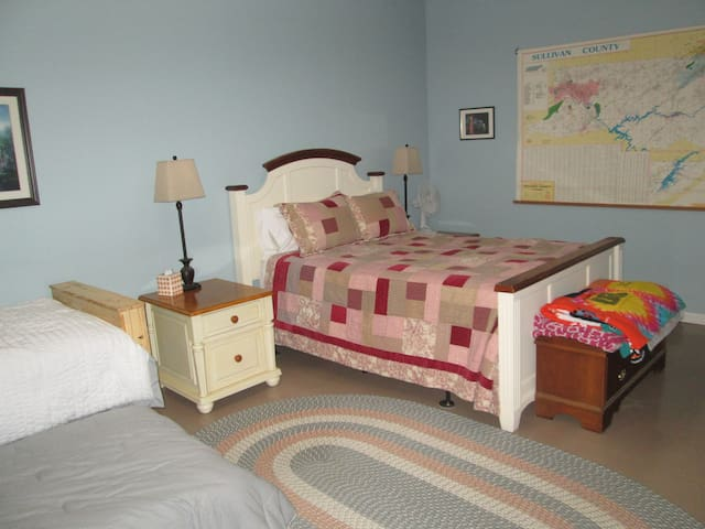 Lena's Cottage - Blountville - Casa