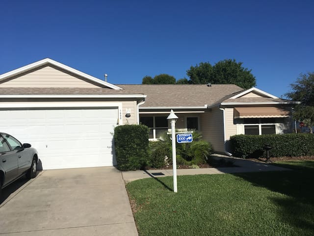 Private room for single or couple in Central Fla. - The Villages - House