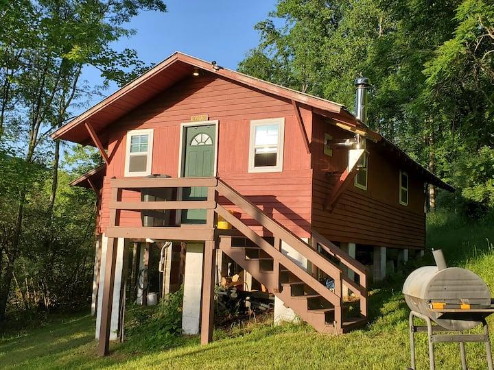 Hemingway Cottage at Buffalo Gap