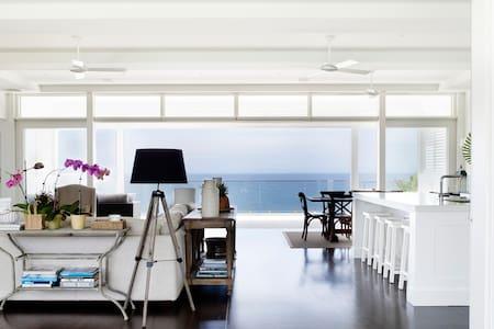 Bungan Beach House - Contemporary Hotels - 新港(Newport) - 獨棟