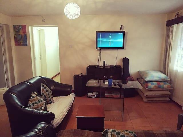 Apt. in Westlands with Master bedroom en-suite