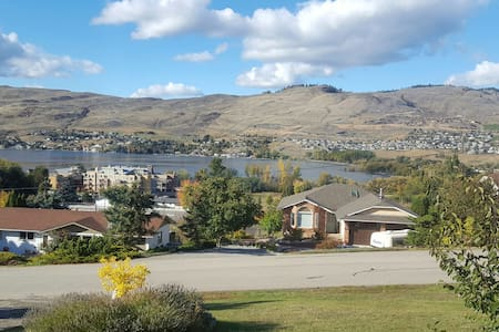 Quiet spacious Lake Okanagan  view - Vernon