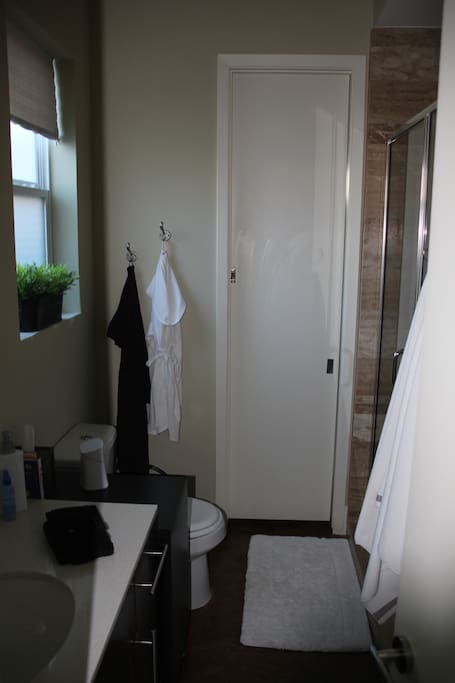Ensuite also connects to 2nd bedroom