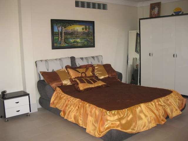 Lucky apartment+transfer - Krong Preah Sihanouk - Apartment