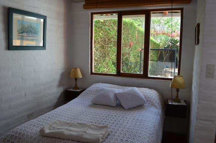 Cabaña completa e independiente, Puembo-Quito