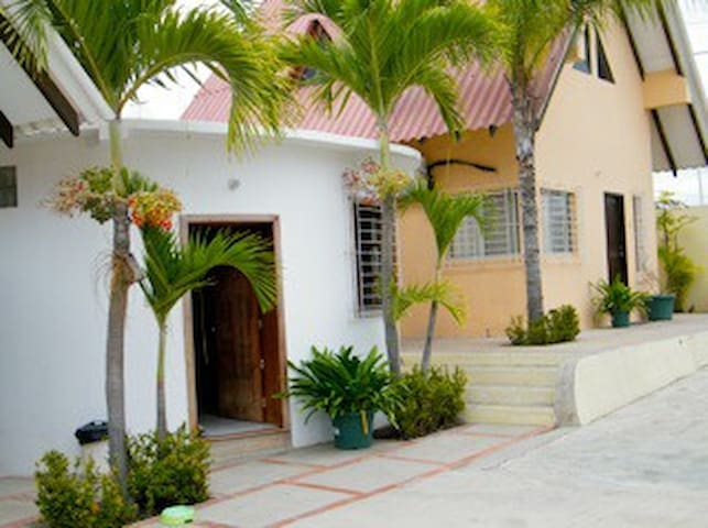 Villa Dulces Suenos - Ballenita - Kulübe
