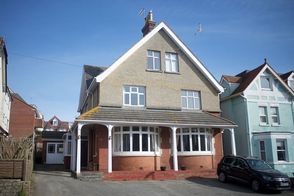 Large detached home, plenty of parking space, annexe entrance double doors to the left of frame.