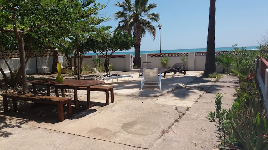 Chalet en Playa Casablanca(Almenara)