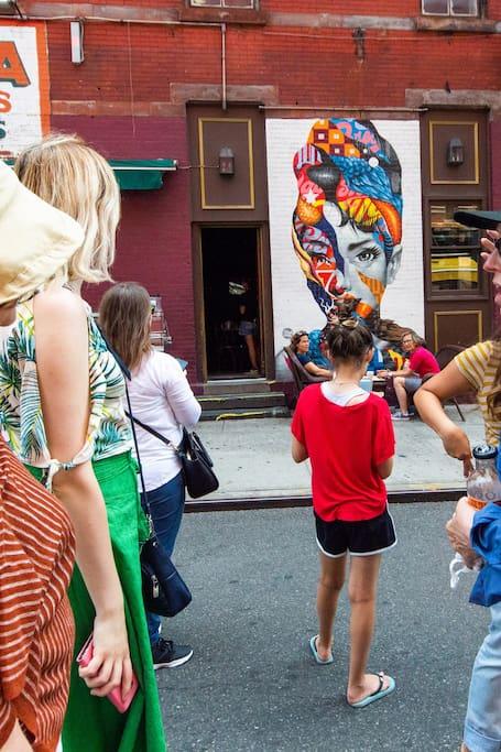 전문가와 함께 둘러보는 거리의 예술