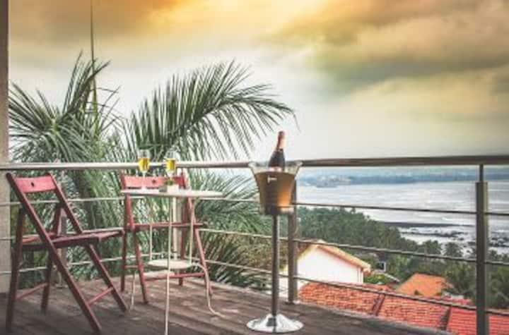 Luxury 4bhk Private poolvilla@Reis Magos,North Goa
