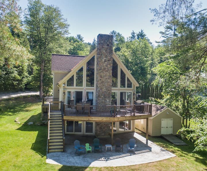 The Chalet~ Sebago Lakefront Family Vacation Home