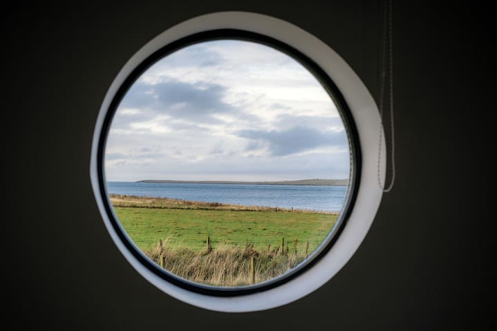 3 Bed Sea-View Lodge 12