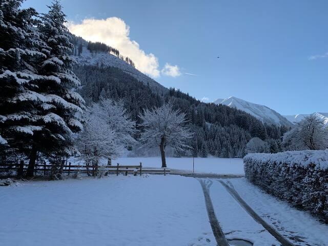 """Alpen Lodge """"Tiroler Zugspitze"""""""