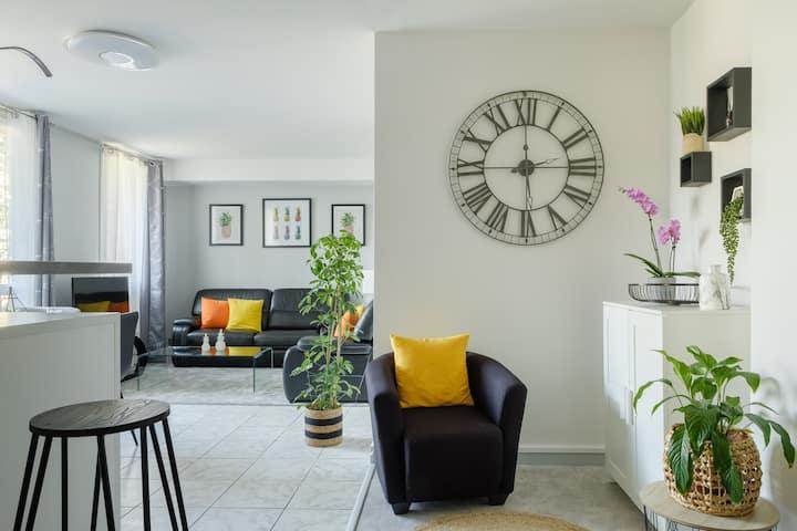 Bel appartement 80m2 30' Paris et 5' Gare RER