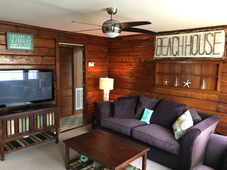 Family Room with two couches & Cable TV