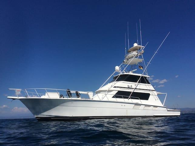 Yacht - 20 Meter Motoryacht - Hatteras 65