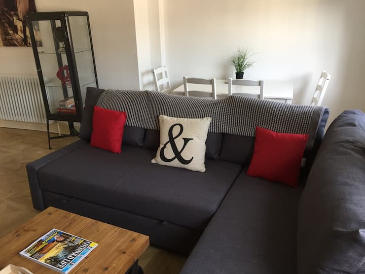 Trendy Apartment Close To Gloucester Quays/Docks