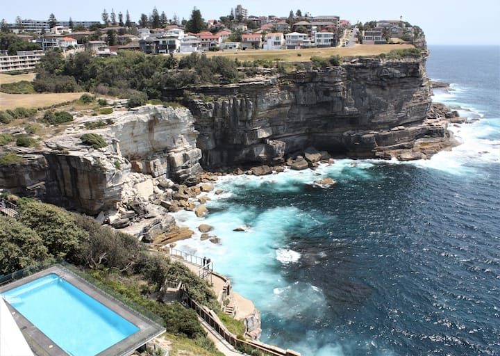 'Insta' worthy cliff views from a luxury apartment