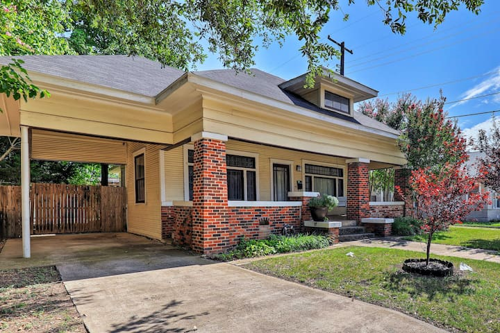 This craftsman-style home is located just blocks from Magnolia Avenue.