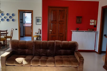 Spacious apartment near lago D'orta - Gargallo - アパート