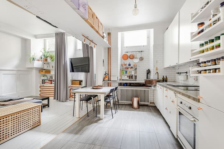Beautiful studio in the heart of Stockholm