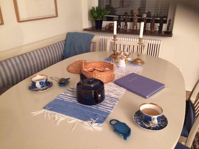 Karlskr Centre: The place that leads to friendship - Karlskrona - Apartamento