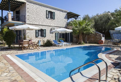 LAST MINUTE: Special offer Villa with Private Pool
